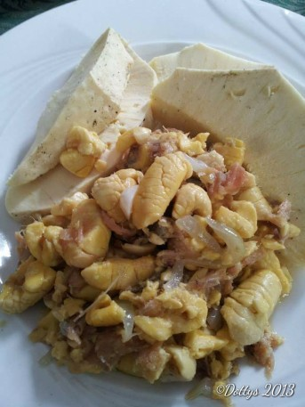 Roasted Breadfruit with Ackee and cod fish (Jamaican National Dish)